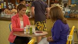 Susan Kennedy, Callum Jones, Terese Willis in Neighbours Episode 6851