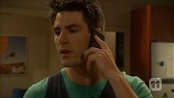 Chris Pappas in Neighbours Episode 6853