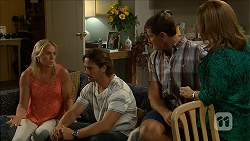 Lauren Turner, Brad Willis, Matt Turner, Terese Willis in Neighbours Episode 6854