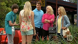 Bailey Turner, Amber Turner, Matt Turner, Lauren Turner, Lisa Tucker in Neighbours Episode 6854