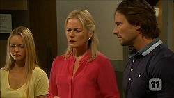 Lisa Tucker, Lauren Turner, Brad Willis in Neighbours Episode 6854