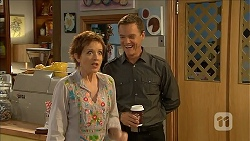 Susan Kennedy, Paul Robinson in Neighbours Episode 6856