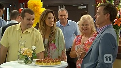 Toadie Rebecchi, Sonya Mitchell, Karl Kennedy, Sheila Canning, Paul Robinson in Neighbours Episode 6856