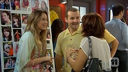Sonya Mitchell, Toadie Rebecchi, Naomi Canning in Neighbours Episode 6856