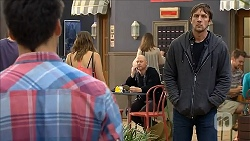 Chris Pappas, Stephen Montague in Neighbours Episode 6856