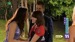 Kate Ramsay, Sophie Ramsay, Mark Brennan in Neighbours Episode 6856