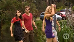 Sophie Ramsay, Kyle Canning, Georgia Brooks, Zeke Kinski in Neighbours Episode 6856
