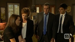 Sophie Ramsay, Susan Kennedy, Karl Kennedy, Zeke Kinski in Neighbours Episode 6857