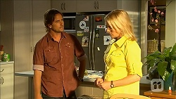 Brad Willis, Lauren Turner in Neighbours Episode 6858