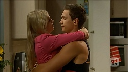 Lauren Turner, Josh Willis in Neighbours Episode 6858