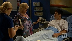Georgia Brooks, Sheila Canning, Chris Pappas in Neighbours Episode 6859