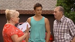 Sheila Canning, Harley Canning, Doug Willis in Neighbours Episode 6860