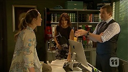 Sonya Mitchell, Naomi Canning, Toadie Rebecchi in Neighbours Episode 6860