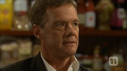 Paul Robinson in Neighbours Episode 6861