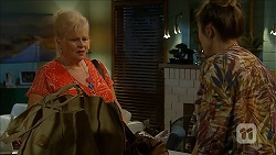 Sheila Canning, Sonya Rebecchi in Neighbours Episode 6861