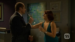 Toadie Rebecchi, Naomi Canning in Neighbours Episode 6861