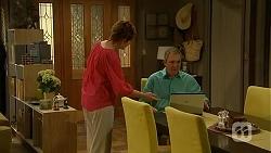 Susan Kennedy, Karl Kennedy in Neighbours Episode 6862