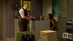 Toadie Rebecchi, Naomi Canning in Neighbours Episode 6862