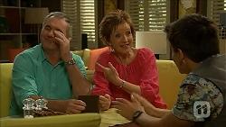 Karl Kennedy, Susan Kennedy, Zeke Kinski in Neighbours Episode 6863