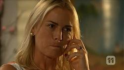 Lauren Turner in Neighbours Episode 6863