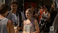 Josh Willis, Rick Blaine, Amber Turner in Neighbours Episode 6866