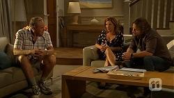 Doug Willis, Terese Willis, Brad Willis in Neighbours Episode 6866