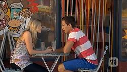 Amber Turner, Josh Willis in Neighbours Episode 6867