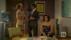 Art Dealer, Paul Robinson, Naomi Canning in Neighbours Episode 6868