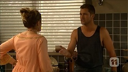 Sonya Rebecchi, Mark Brennan in Neighbours Episode 6868