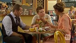 Toadie Rebecchi, Callum Rebecchi, Sonya Rebecchi in Neighbours Episode 6869
