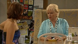 Naomi Canning, Sheila Canning in Neighbours Episode 6869