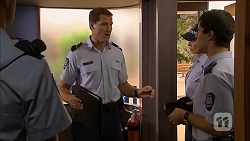 Matt Robinson in Neighbours Episode 6869