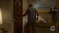 Doug Willis in Neighbours Episode 6870
