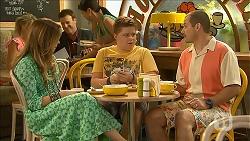 Sonya Rebecchi, Callum Rebecchi, Toadie Rebecchi in Neighbours Episode 6870