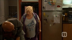 Norm Symmonds, Sheila Canning in Neighbours Episode 6872