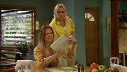 Sonya Mitchell, Lauren Turner in Neighbours Episode 6873