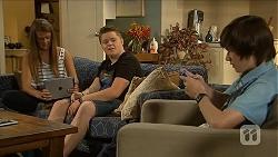 Josie Lamb, Callum Jones, Bailey Turner in Neighbours Episode 6874