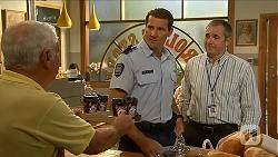 Lou Carpenter, Matt Turner, Karl Kennedy in Neighbours Episode 6874