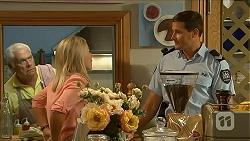 Lou Carpenter, Lauren Turner, Matt Turner in Neighbours Episode 6874