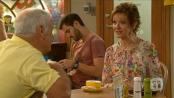 Lou Carpenter, Susan Kennedy in Neighbours Episode 6874