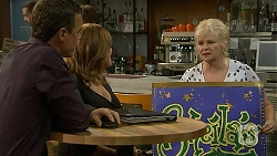 Paul Robinson, Terese Willis, Sheila Canning in Neighbours Episode 6875