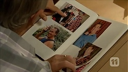 Doug Willis in Neighbours Episode 6876