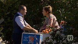 Toadie Rebecchi, Sonya Mitchell in Neighbours Episode 6877