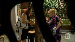 Naomi Canning, Sheila Canning in Neighbours Episode 6877