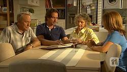 Doug Willis, Brad Willis, Pam Willis, Terese Willis in Neighbours Episode 6877
