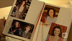 Cody Willis, Pam Willis, Gaby Willis in Neighbours Episode 6877