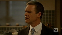 Paul Robinson in Neighbours Episode 6877