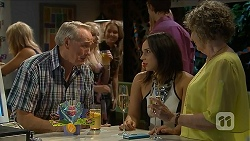 Doug Willis, Imogen Willis, Pam Willis in Neighbours Episode 6880