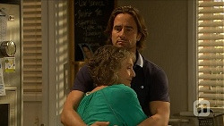 Pam Willis, Brad Willis in Neighbours Episode 6880