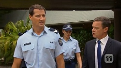 Matt Turner, Paul Robinson in Neighbours Episode 6881